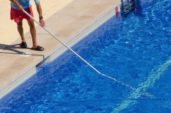 Grandma\'s Pool Cleaning Hack Goes Viral - Because It ...