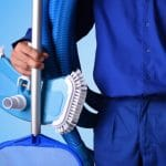 pool cleaning maintenance service